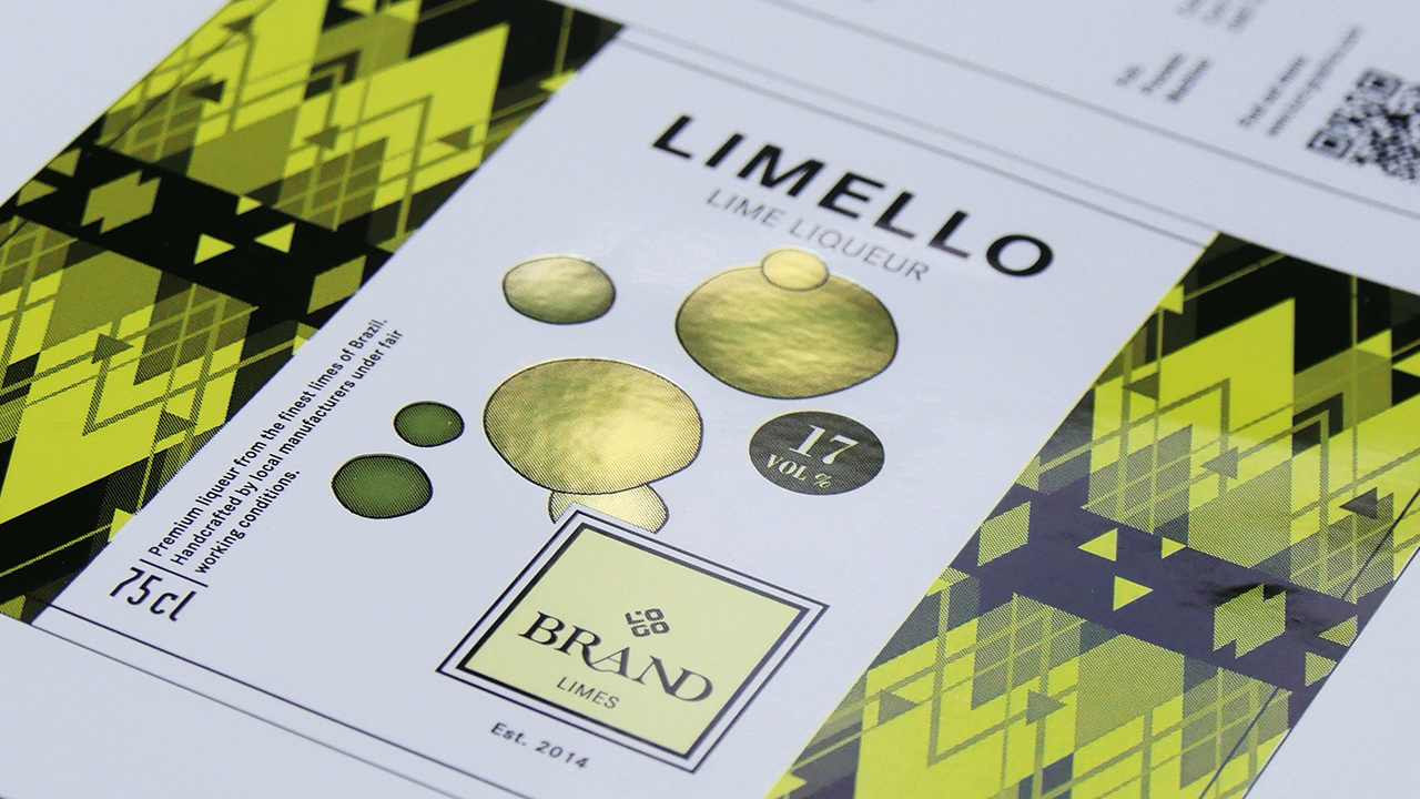 Printed paper packaging, refined with green and black cold transfer materials