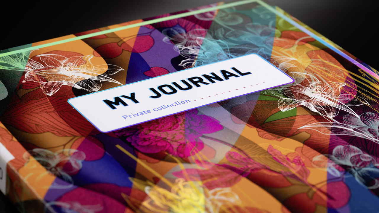 Journal cover with shiny floral design, realized with digital printing